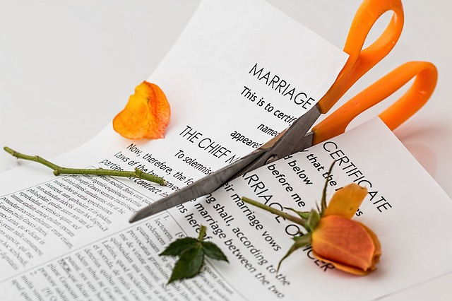 Rozcięty akt małżeństwa