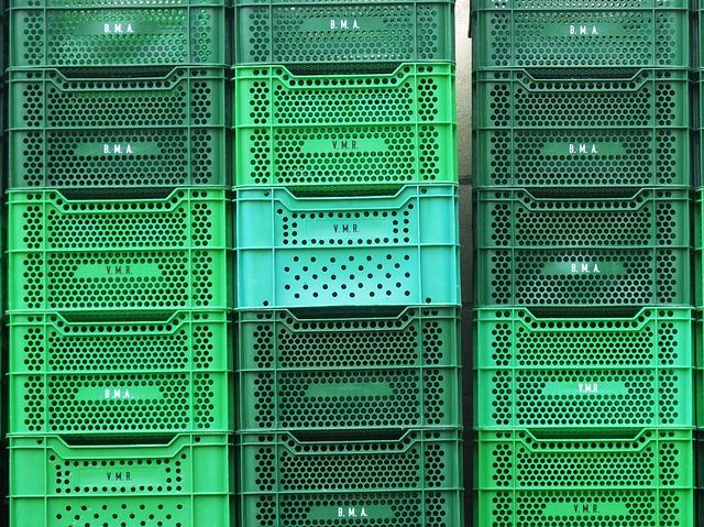 Skrzynki do transportowania żywności – na co uważać przewożąc żywość do domu, sklepu, restauracji?