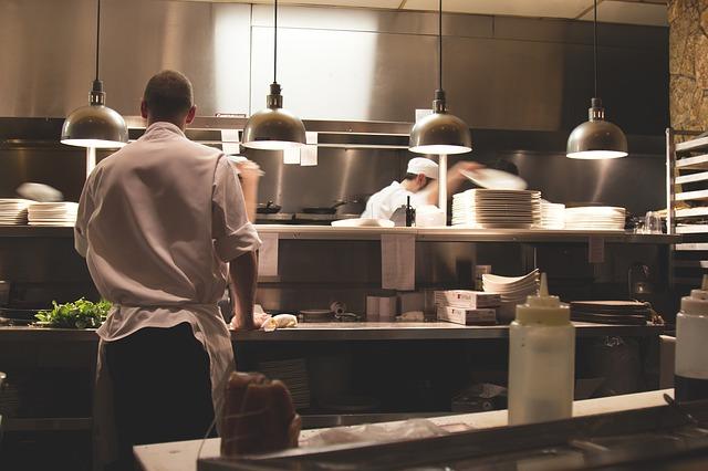 Projektowanie maszyn spożywczych, jakie maszyny są poszukiwane w gastronomii?